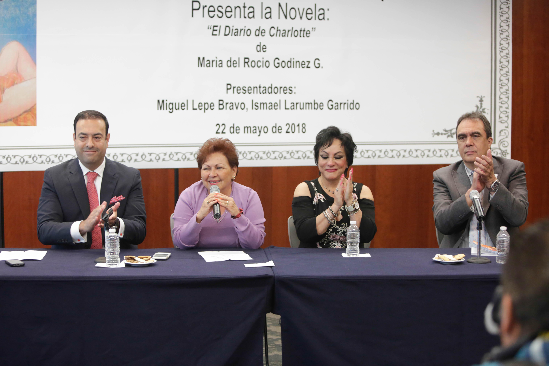 """Presentan en el Senado """"El Diario de Charlotte"""", novela erótica de María del Rocío Godínez"""